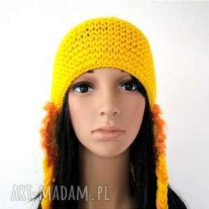 warkocze czapki żółta czapka z nausznikami