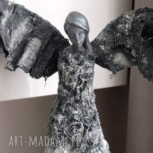 niekonwencjonalne dekoracje anioł stróż na prezent dostatku