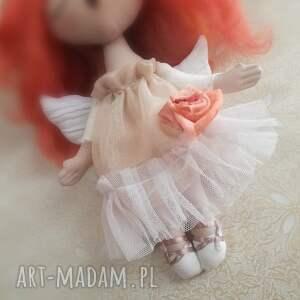 pomysł na prezent pod choinkę anioł dziewczynka - figurka