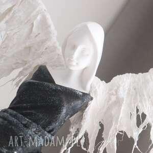 figura anioła dekoracje czarne anioł miłości