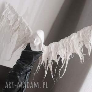 białe dekoracje anioł stróż unikatowa i jedyna w swoim rodzaju figura