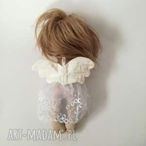 białe dekoracje wystrój-wnętrz aniołek dekoracja ścienna - figurka