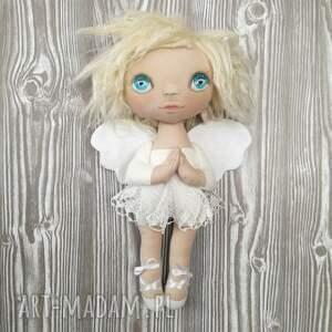 białe dekoracje anioł aniołek dekoracja ścienna - figurka