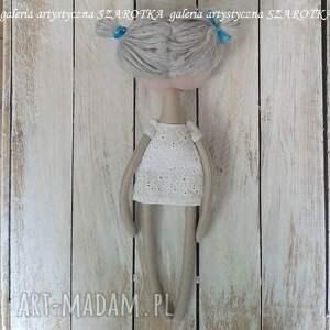atrakcyjne dekoracje na urodziny aniołek lalka - dekoracja tekstylna