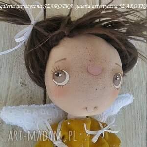 brązowe lalka szmaciana aniołek - dekoracja tekstylna
