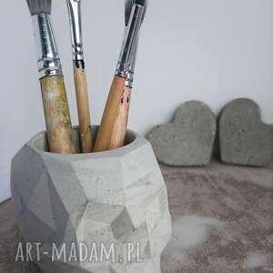 betonowe dekoracje betonowa czaszka