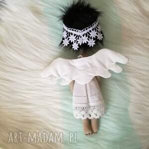 czarne dekoracje anioł dekoracja tekstylna aniolek