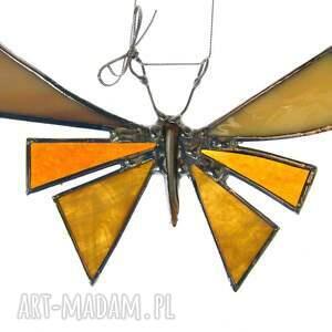 ręczne wykonanie dekoracje motyl kartka z prezencikiem to kolorowy kartonik