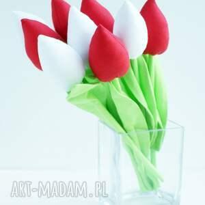 Kuferek Malucha urokliwe dekoracje kwiaty bawełniane dekoracja stołu