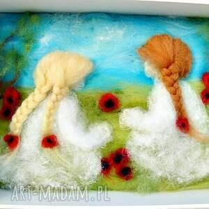 turkusowe dekoracje kwiaty łąka pełna maków. Obraz z kolekcji