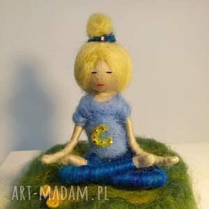 wyjątkowe dekoracje yoga medytacja. Relaks. Yoginka olga