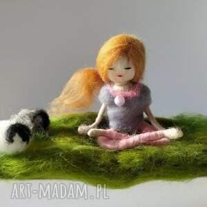 yoga dekoracje zielone medytacja. Na łonie natury
