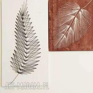 Anna Olszewska Craft Obraz: Liść, wykonany techniką String Art na drewnie stringart