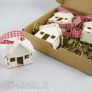 pomysł jaki prezent pod choinkę ośnieżone domki
