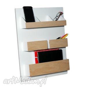 brązowe dekoracje nadbiurko set2 - organizer drewniany nad