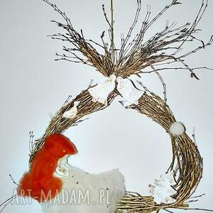 pomysł na upominek świąteczny ścienna świąteczna dekoracja. Wianek