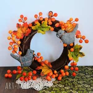 intrygujące dekoracje dekoracja wianek jesienny z ptaszkami