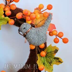 wianek pomarańczowe jesienny z ptaszkami