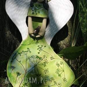 anioł dla dziecka zielone ceramiczny na ścianę
