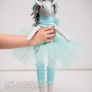 wyraziste dla dziecka jednorożec unicorn duży