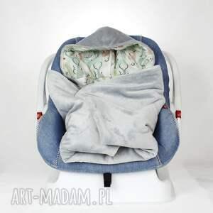 dla dziecka scandi kocyk do fotelika samochodowego