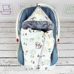 kocyk dla dziecka szare do fotelika samochodowego