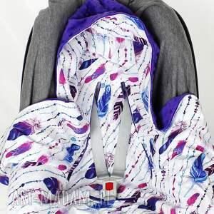 pióra dla dziecka fioletowe kocyk do nosidła samochodowego