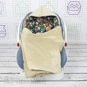 dla dziecka ciepły kocyk do nosidła samochodowego