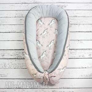NuvaArt dla dziecka: Kokon gniazdo dla niemowląt jednorożce - haft