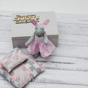 dla dziecka skrzyneczka króliczek w skrzyneczce prezent