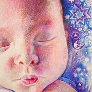 różowe niemowlę portret bobasa