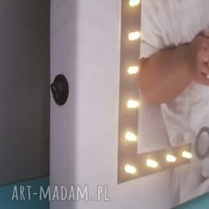 szare dla dziecka obraz świecąca litera led personalizowany