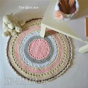 różowe dla dziecka pokoik sznurkowy dywanik
