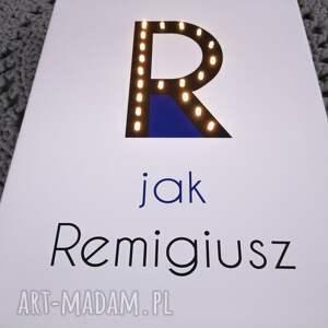 eleganckie dla dziecka litera świecąca r z imieniem