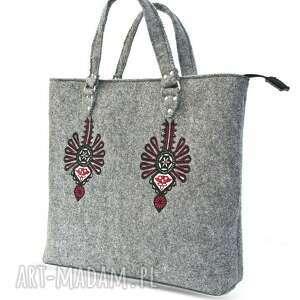 trendy do ręki torba filcowa teczka z motywem góralskim