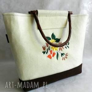 bambusowe pomarańczowe filcowa torebka z kwiatowym haftem