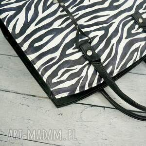 zebra klasyczna torebka w stylu