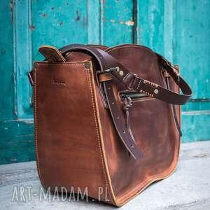 handmade ręcznie szyta robiony kuferek torba