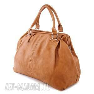 niekonwencjonalne kuferek torba damska, paris 10 -09