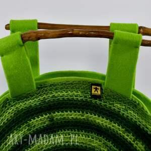 ciekawe torebka wiosenna w zieleniach