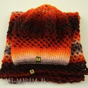 awangardowe dodatki beret komplet ażurowy w pomarańczach