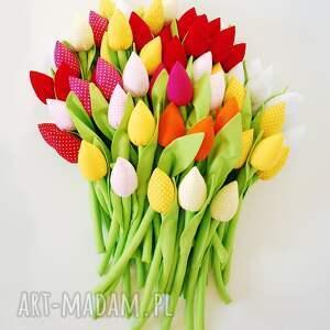 awangardowe dom bukiet tulipanów