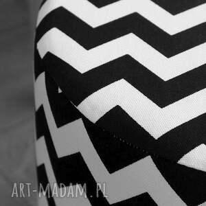 białe dom pufa podnóżek fjerne s czarne zygzaki