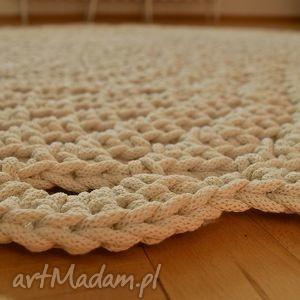 białe dywany chodnik ażurowe koło