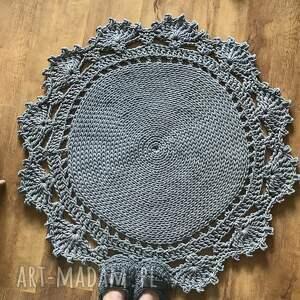 szare dywan bawełniany z koronką