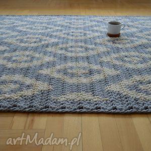 szare dywany dywan geometryczny