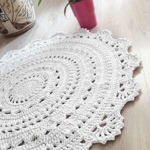 białe dywan mandala lace