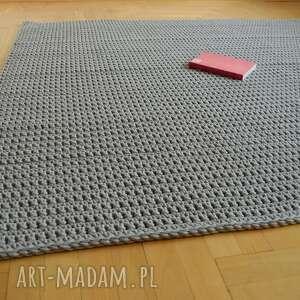 chodnik dywan minimalizm