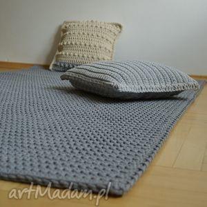 sznurek dywan prosty