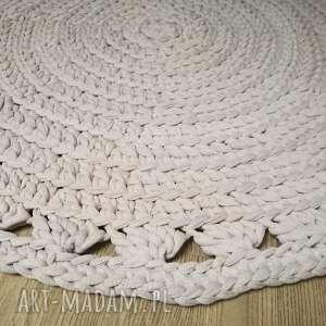 beżowe dywan dywanik kremowy dziergany